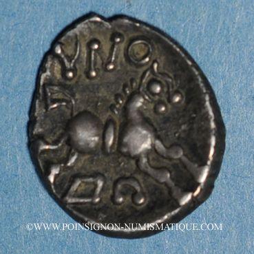 Münzen Eduens. Bourgogne - Dovbno. Denier. Vers 60-54 av. J-C