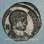 Münzen Magnence (350-353). Maiorina. Arles. 1ère officine, 351-352. R/: deux Victoires